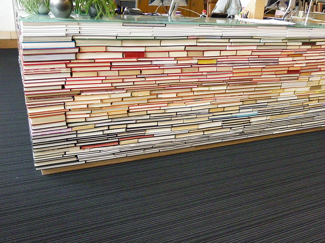 tu delft archtiecture library, recycled materials, book desk, book architecture, green design
