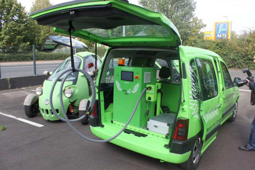 Electric Car Charging Stations Locations >> Angel Car World S First Mobile Charging Station For Electric Cars