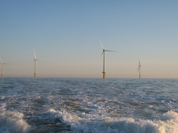 world's biggest offshore wind farm, thanet wind farm, cape fear wind farm, whitelee wind farm, uk wind energy, wind energy, uk wind power, uk wind farms, uk whitelee wind farm, uk renewable energy, offshore wind farms, maranchon wind farm