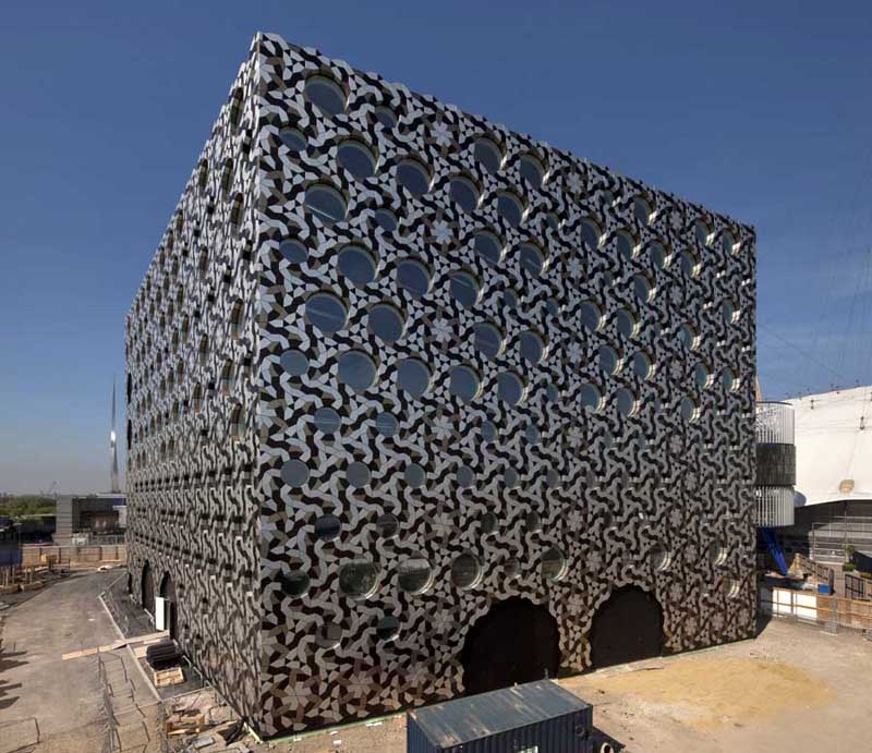Ravensbourne College of Design and Communication, foreign office architects, London architecture, aluminum, aluminum buildings, aluminum façade, breeam certification, green architecture, green campus, sustainable campus, environmental building, sustainable building
