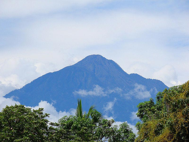 central america, volcanoes, electricity from volcanoes, geothermal power, renewable energy, sustainable design