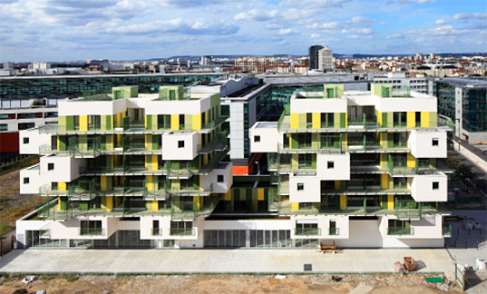 courbevoie, laminated panels, Rain-water collection, planted roof, heated flooring, loggia, green roof, living roof, apartments, green apartments, france, paris, koz, green architecture, eco architecture, sustainable architecture, social housing, green living
