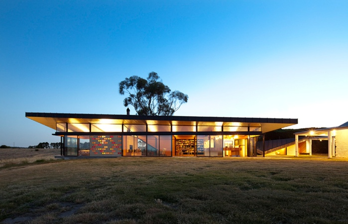 Modern Renovation Of An 1850 S Australian Farm House