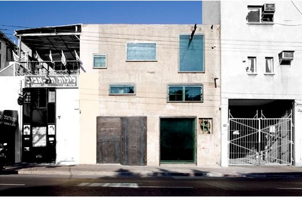 Lerman Architects Art, Contemporary Art Israel, Green Art Gallery, Art Gallery remodel, art gallery retrofit, warehouse art space