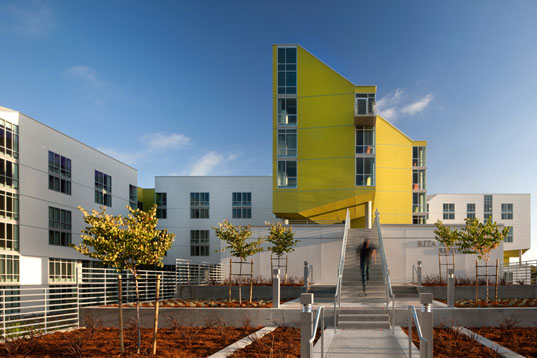 Sustainable Building, Inhabitat, Green Building, Sustainable Housing, Green Housing, Sustainable Student Housing, Green Student Housing, UCSD, University of California San Diego, Rita Atkinsons Residences