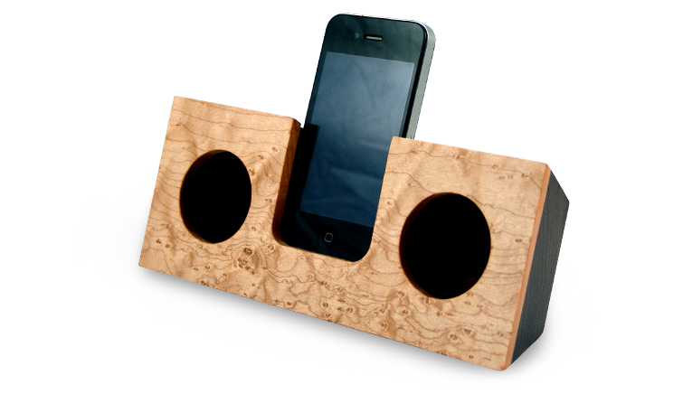 koostik, zero energy speakers, wooden speakers, iphone, green design, zero energy, eco design