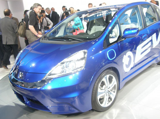 Honda Unveils All Electric Fit At The Los Angeles Auto Show
