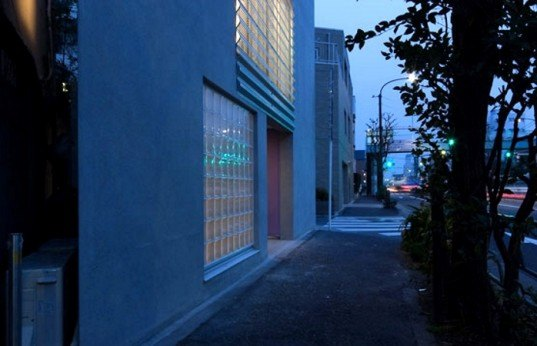 tokyo micro house built on a single car space inhabitat Tokyo Apartments Tokyo People