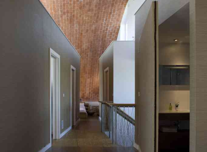 crossway house, Richard Hawke architects, PCM, HRV, England passive house, passivhaus, timbril vault, england green home, loacal materials, recycled materials, clay tile green roof, solar thermal electric,