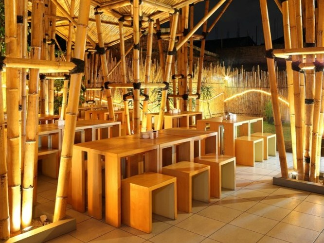 Indonesian Bamboo Restaurant Is A Striking Open Air Design