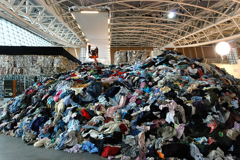 raumlabor, artissima, recycled materials, reclaimed materials, green design, eco design, sustainable design, torino, italy, pavilion, house of contamination