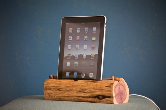 woodtec, log docking station, ipad docking station, ipad, green design, found materials, local material