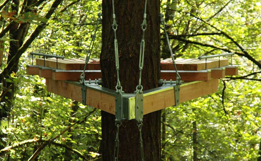 Cantilevered Contemplation Platform Is A Treehouse Retreat
