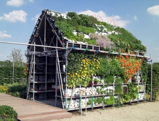 Eathouse, edible architecture, Stuurlui Stedenbouw, Atelier GRAS!, sustainable design, green design, urban agriculture, vertical farm house