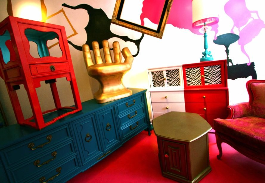 Chic Antique Offers Unique Vintage Furniture in Chicago - Chic Antique Offers Uniquely Refinished Vintage Furniture In Chicago