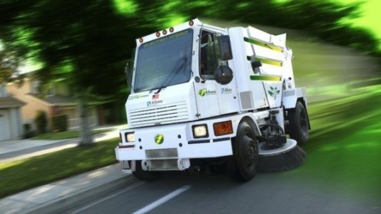green street, hybrid street sweeper, clean street, new street sweeper, Allianz hybrid, green street utility,