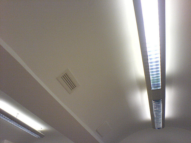 The Ceiling Lights That Provide Internet Access Inhabitat