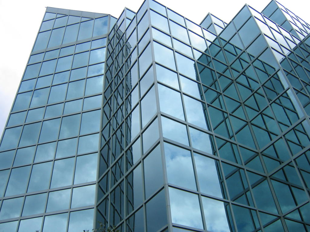 Building Glass Window : Doe develops flexible glass material that is stronger than