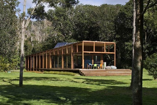 great barrier island, eco house, flood proof house, Crosson Clarke Carnachan architect, new zealand, eco house