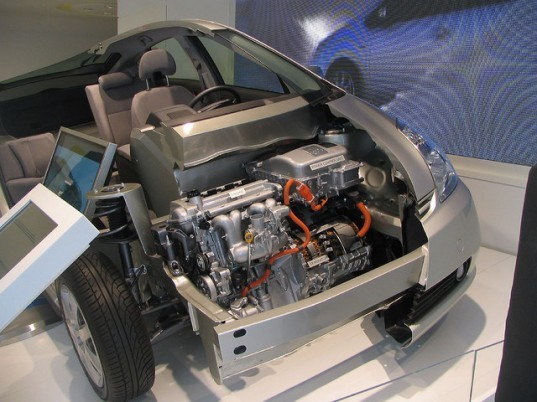 toyota prius, heavy metals hybrid engine, toyota heavy metals, japan china heavy metals, sustainable electric motor, toyota electric motor