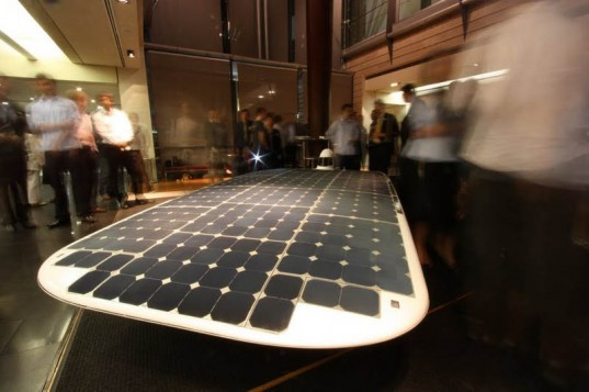 guinness book of world records, renewable energy, silicon solar cells, solar car, Solar Power, solar racing, Sunswift, Sunswift IVy, University of New South Wales, world record