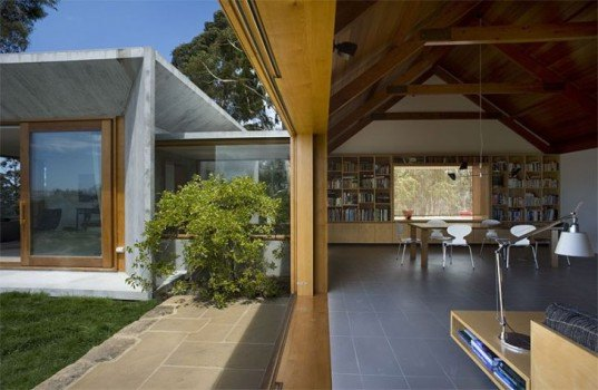 trial bay house, tasmania, james jones, hbv architects, green renovation, rainwater collection, solar power
