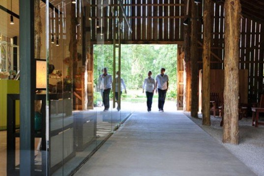 Yew Dell Gardens Visitor Center, green renovation, historic renvoation, tobacco barn, de leon & primer architecture workshop