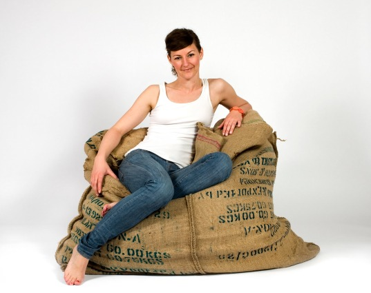 coffee bag chair, coffee bean bag chair, recycled bean bag chair, green bean bag chair, coffee fellow, Johanna Hansson, bean bag chairs, green furniture, recycled styrofoam, recycled materials