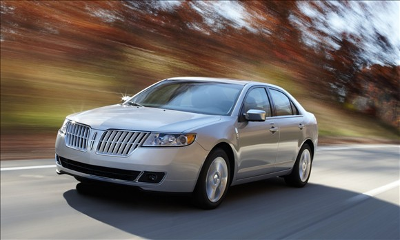 2011 Lincoln MKZ Hybrid: The Most Fuel-Efficient Luxury Sedan ...
