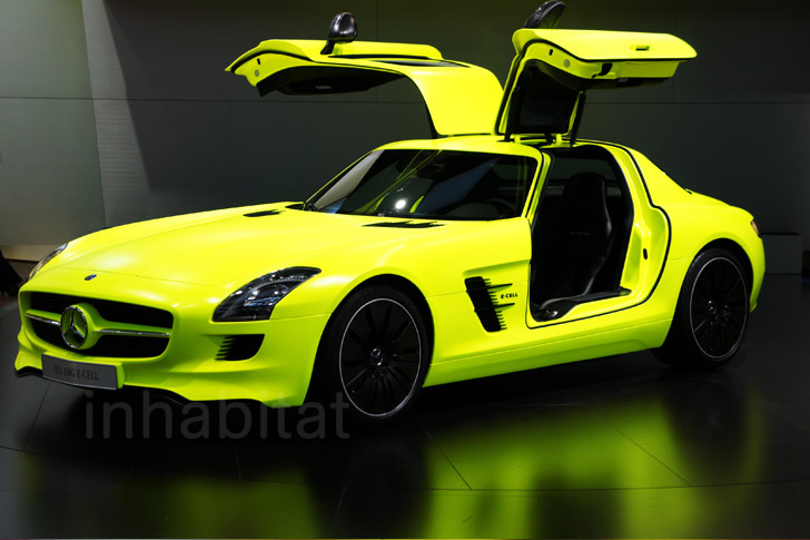 Mercedes Benz Unveils SLS AMG E Cell Electric Sports Car At The Detroit  Auto Show