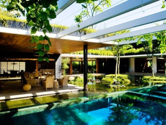 eco home, eco luxury, green courtyard, green home, green home design, green luxury home, guz architects, passive cooling, rainwater catchement, Singapore green home, solar house, solar thermal