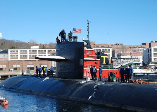 Energy Efficiency, fluorescent lights, LEDs, Office of Naval Research, TechSolutions, LED lights U.S. navy, U.S. navy LEDS, u.s. submarines leds, Office of Naval Research