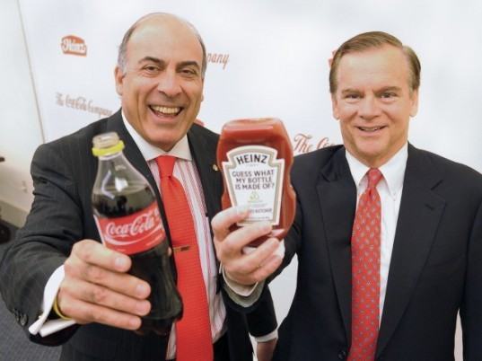 heinz ketchup, coke plantbottle, heinz plant based bottles, heinz to use plantbottle, green design, plant based plastic