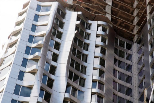 8 Spruce Street , beekman tower, new york architecture, eco architecture, green design, gehry, frank gehry, new york by frank gehry, green architecture, leed, green building, new york city