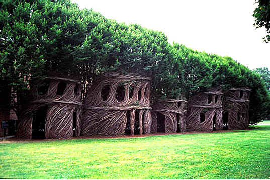 Patrick Doughertyu0027s Mind Blowing Nest Houses Made Of Living Trees