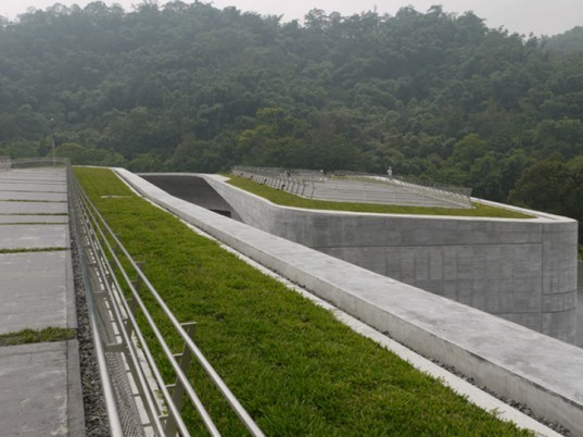 isiangshan Visitor Center, Norihiko Dan and Associates, Sun Moon lake, Taiwan, eco architecture, green roof, roof garden, Landform Series