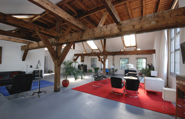 Old Factory Transformed Into A Modern Loft By Zecc Architects
