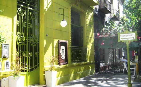 Affordable accommodation for the conscious traveller in for Casa jardin hostel buenos aires