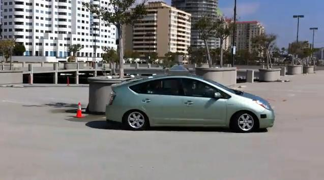 Google Unveils Self Driving Prius That Can Race Around Rooftop Park Lot