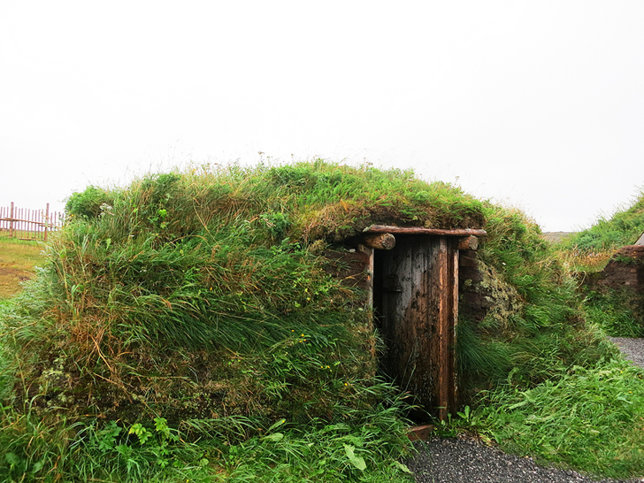 Green Roofed Houses At L Anse Aux Meadows Were Built By