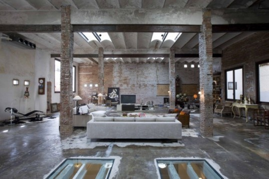 Minim Interior Architects, daylight, brick wall interior, green retrofit, eco interior, green interior,Sustainable Interiors, loft design, Spain green building,