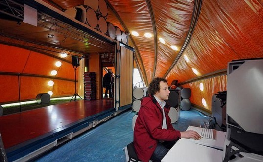 World In A Shell, Hans Kalliwoda, shipping container, off-grid, renewable energy, exhibition space