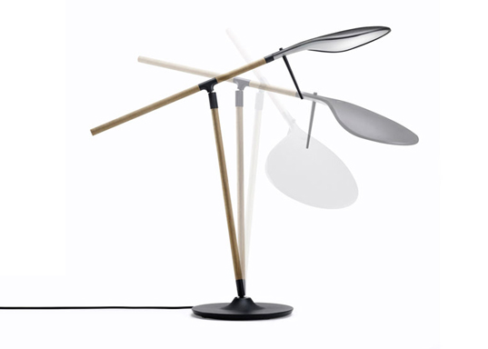 energy efficient light, Benjamin Hubert, Paddle task light, LED task lights, Italian lighting manufacturer Fabian, 2011 Milan Furniture, aluminum lamps, led lamps