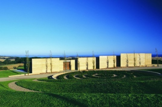 Earth House, Jolson Architecture, australia, rammed earth, landscape architecture, sustainable architecture