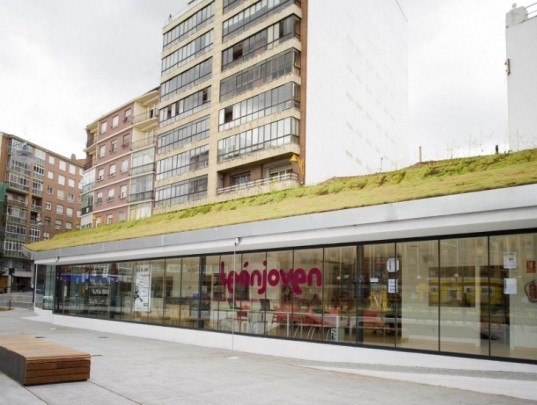 Espacio VIAS Centro Creación Jóven, estudio sic, leon, spain, green renovation, train station, youth art center