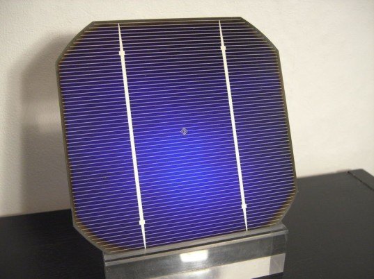 indium tin oxide, indium replacement, indium supply, how much indium is on earth, synthetic replacement for indium, solar panel construction, what is in a solar panel, solar cell, solar panel, solar cell components