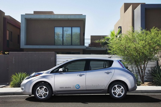 2011 Nissan LEAF, EV, electric vehicle, LEAF start problem, green transportation, alternative transportation, green automotive design