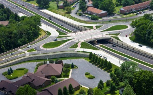 American Structurepiont, green road design, reduced car accidents, green transportation design,Autodesk Infrastructure Design Suite, roundabout desig, double teardrop round about, greenest intersection, Keystone roundabout,