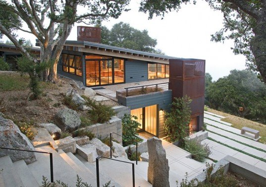 House Ocho, Carmel, Paul Kephart, Feldman Architecture, California Academy of Sciences, Vancouver Convention Center, green roof, photovoltaic skylights, recycled denim insulation, Santa Lucia Mountains, Passive solar heating, green design, eco design, sustainable design