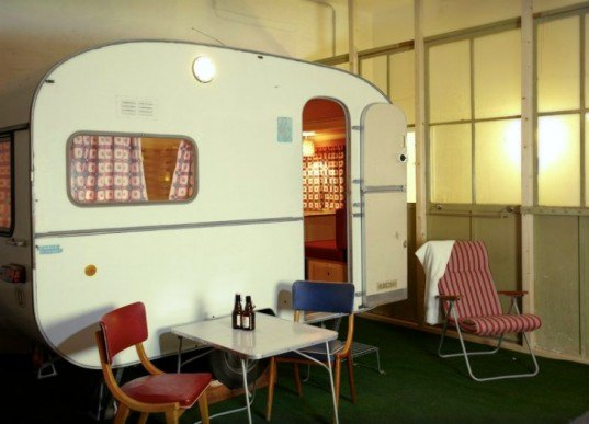 Hüttenpalast, renovated campers, renovated caravans, caravan hotel, budget hotel, berlin, renovated factory, eco hotel